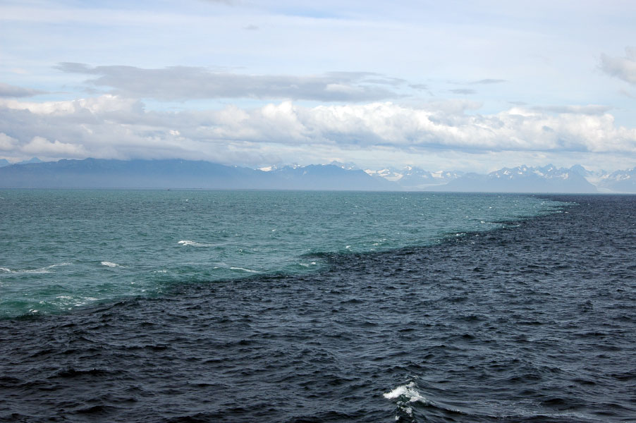 برخورد دو دریا